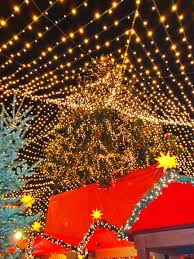 feel the magic at the christmas markets in europe world wanderista