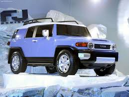 tomica toyota hilux i used to have a 4runner just like this and i wanted to throw a
