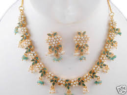 emerald pearl necklace images Excellent traditional emerald and pearl necklace with earrings jpg