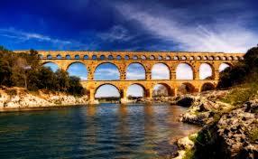 pont du gard an ancient roman aqueduct bridge length 275m