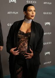 nude photos of kim kardashian how kim kardashian u0027s nude selfie can help us discuss body