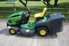 16 lawn mower on sale john deere x130r sit on mower 163 1