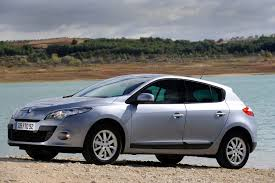 renault megane hatchback 2008 2016 features equipment and