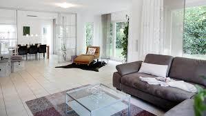 Esszimmer Teppich Satteldachhäuser L 120 20 Www Fingerhuthaus De