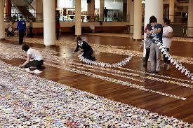 longest chain of paper dolls donaldson breaks guinness