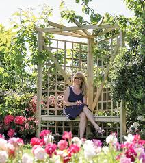 salisbury 2 seater timber corner arbour amazon co uk garden