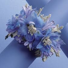 wrist corsage ideas blue wrist corsage free wedding and prom flower tutorials