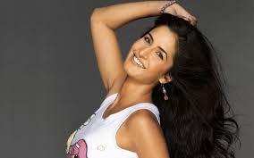 beautiful smile of katrina kaif hindi film heroine pictures