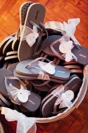 flip flop wedding favors flip flops for wedding guests pinteres