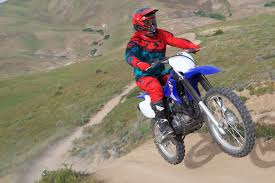 motocross bike reviews motocross off road motorcycle reviews ultimate motorcycling