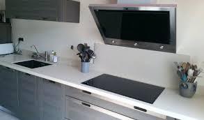 plan de travail cuisine blanc laqué cuisine blanche laquee plan de travail gris cethosia me