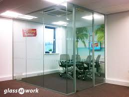 single glazed glass office partitioning