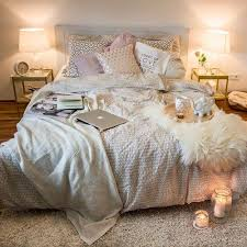 30 Cozy Bedroom Ideas How by That U0027s A Bed I Want To Sleep In Cuddle In Write In Nap In Make