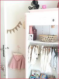 chambre prive chambre avec privé lit bébé bois pliant chaise
