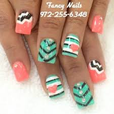 heart and chevron nails super cute u003c3 nails and more nails