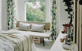Small Bedroom Ideas Ikea  Laptoptabletsus - Bedroom decorating ideas ikea