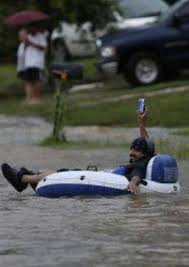 San Antonio Memes - there was some flooding here in san antonio this local made the