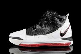 history of lebron signature shoes si