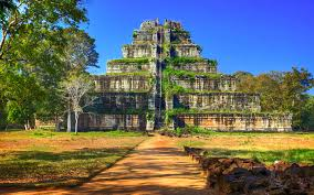 places to visit in cambodia and third eye travel
