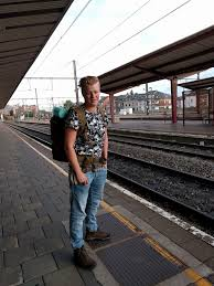 what it u0027s like to travel as a genderqueer person