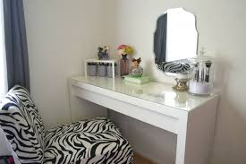 showy vanity set make up table with vanity set make up table