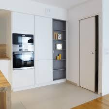 espace cuisine réalisation skéa designer blanc bleu jaune un appartement au