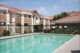 Cheap 2 Bedroom Apartments In Fresno Ca Casa Velasco Apt Apartments 4050 N Fruit Ave Fresno Ca