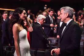 Schlafzimmerblick Clooneys Verbringen Ihre Nächte Getrennt Amal Verbannt George Aus