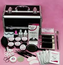 Professional Eyelash Extension The Villa Retreat Specialising In Extensions Beauty Therapist