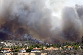 Wildfire Near Julian Ca by Wildfires Cut Off Power To Thousands The San Diego Union Tribune