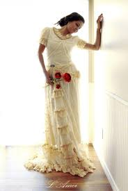 long custom made embroidered retro victorian style lace wedding