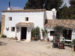 spanish house traditional spanish finca land house farm