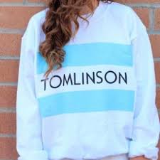one direction sweater 50 melville sweaters taking highest offer one