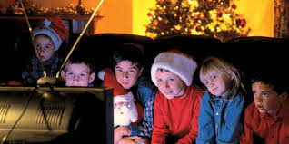 thanksgiving holiday movies here is your ultimate guide to the 10 best holiday movies of all