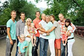 family picture color ideas color scheme for family photos family pictures utah family