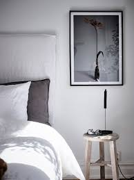 simple bedroom with a color accent coco lapine designcoco lapine