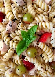 strawberries and chicken pasta salad with poppy seed dressing