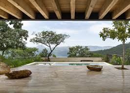 concrete house in mexico by taller hector barroso