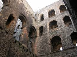 file rochester castle interior jpg wikimedia commons