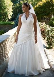 david bridals tulle and lace gown with sweetheart neckline oleg cassini