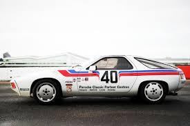 80s porsche 928 driving richard attwood u0027s porsche 928 racer autoclassics com