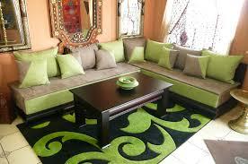 canapé orientale 14 idées inspirantes pour décorer un petit salon marocain