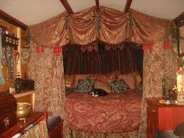 Vardo Interior Rachel U0027s Gypsy Vardo