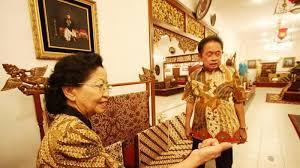 Toko Batik Danar Hadi kisah sukses santosa doellah mengibarkan bisnis batik danar hadi