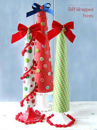 a great bunch of funny christmas stories favecrafts com
