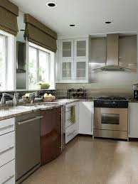 kitchen backsplash for white cabinets beautiful kitchen backsplashes traditional home