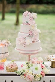 wedding cake murah best 25 cherry blossom cake ideas on cake decorating