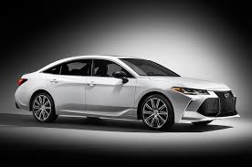 latest toyota 2019 toyota avalon first look the next big toyota motor trend