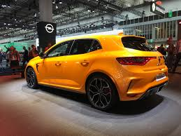 renault sport rs 2018 renault megane rs breaks cover photos 1 of 24