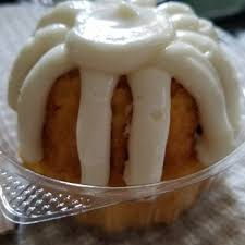 nothing bundt cakes 137 photos u0026 133 reviews bakeries 1012 w